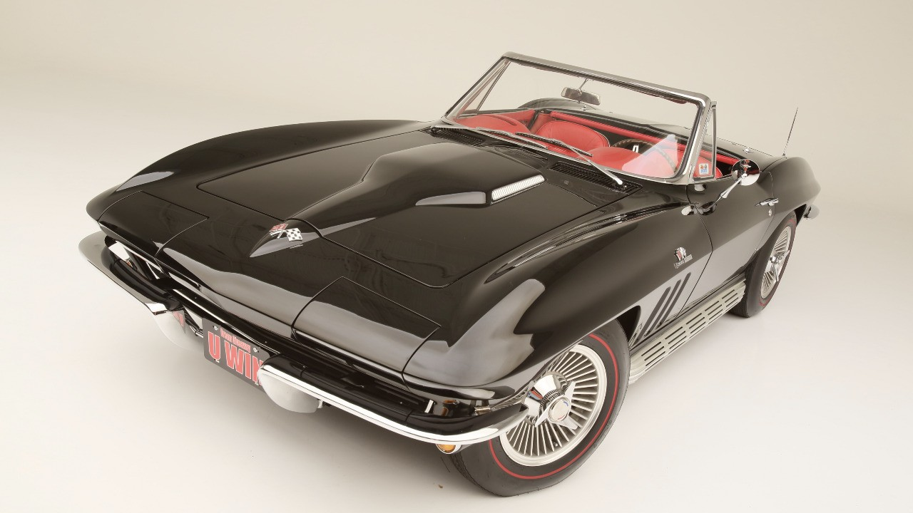 Top Corvettes - 1965 Sting Ray 396