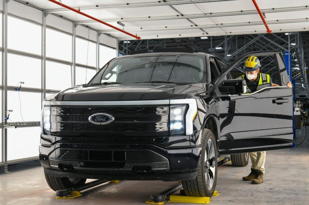 Ford Could Build a Quarter-Million F-150 Lightnings in First Two Years of Production